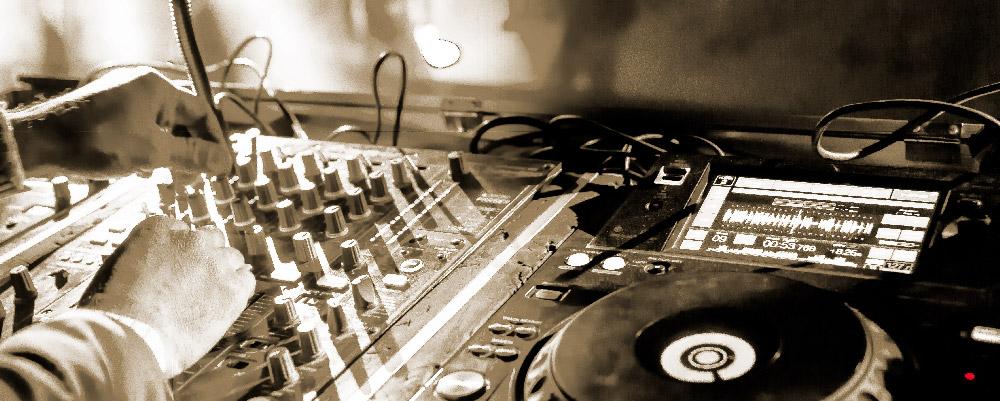 e-Inside - DJ - Location régie DJ